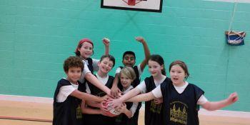basketball-team-photonov2014